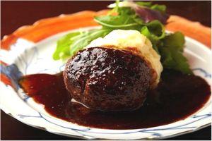 加藤牛肉店のハンバーグ
