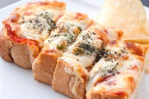 石窯焼きピザトースト